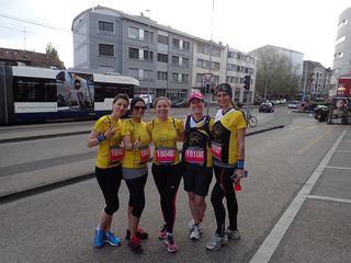 Le charme et l'enthousiasme d'Emilie, Barbara, Marion, Marlène et Vanessa