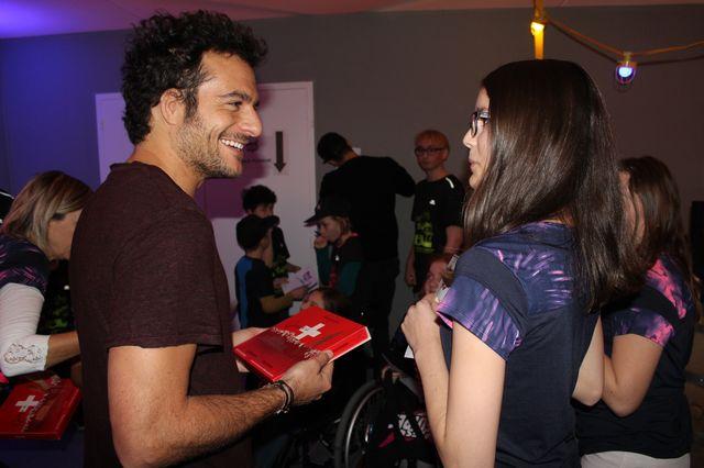 Amir conquis par le chocolat et le sourire d'Elodie